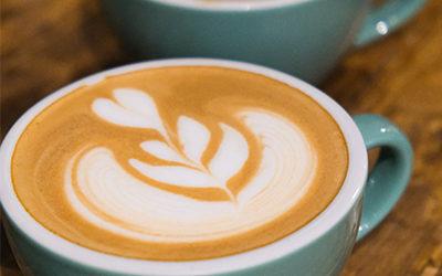 3 bonnes raisons de commencer sa journée par un café